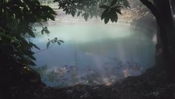 TORAGET hot spring, source of Spring Lake ブルーエメラルドレイク-5 Indonesia, Manado