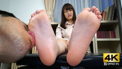 【4K animation】 woman's smelly foot licking Hazuki Mie