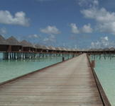 オルベリのウォーターヴィラ Olhuveli Beach & Spa Resort / Water Villa